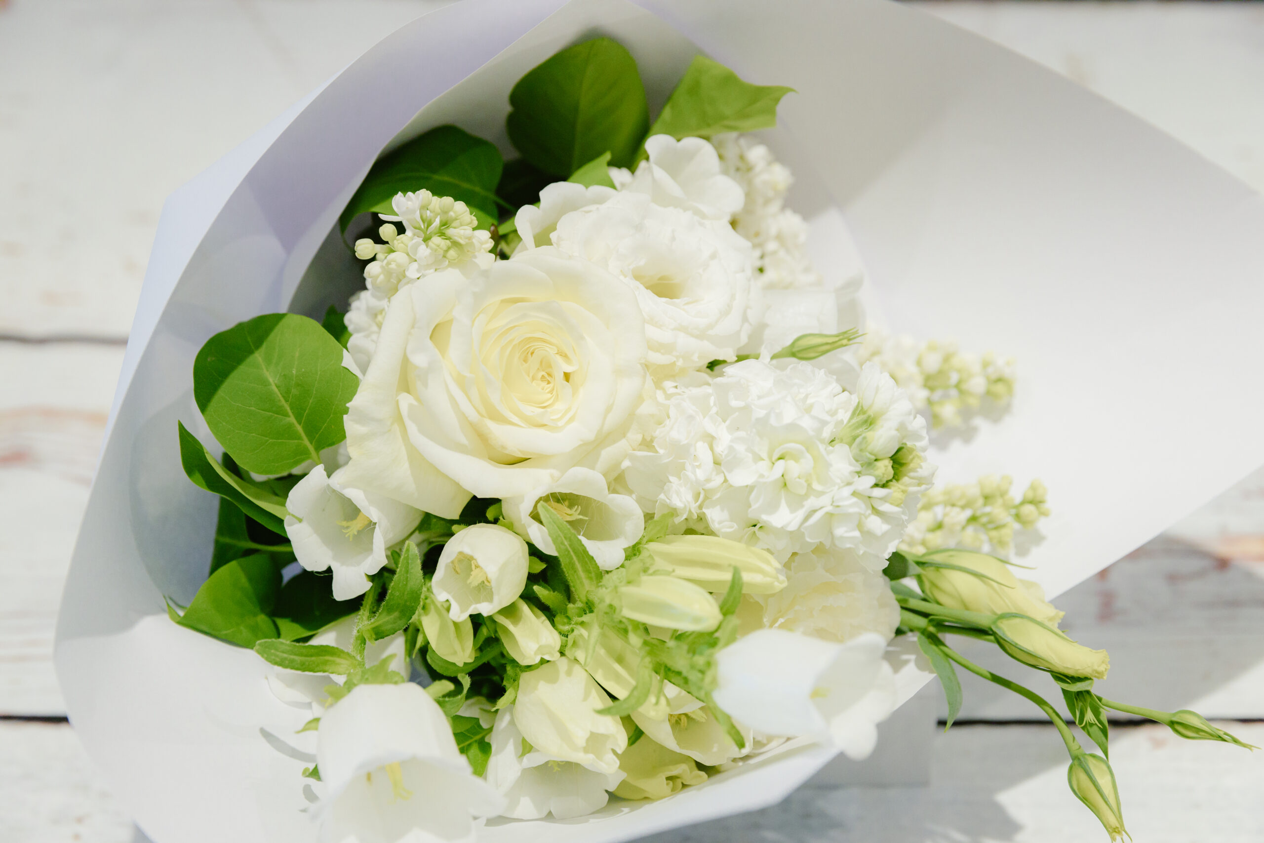 Perfect Posy - White
