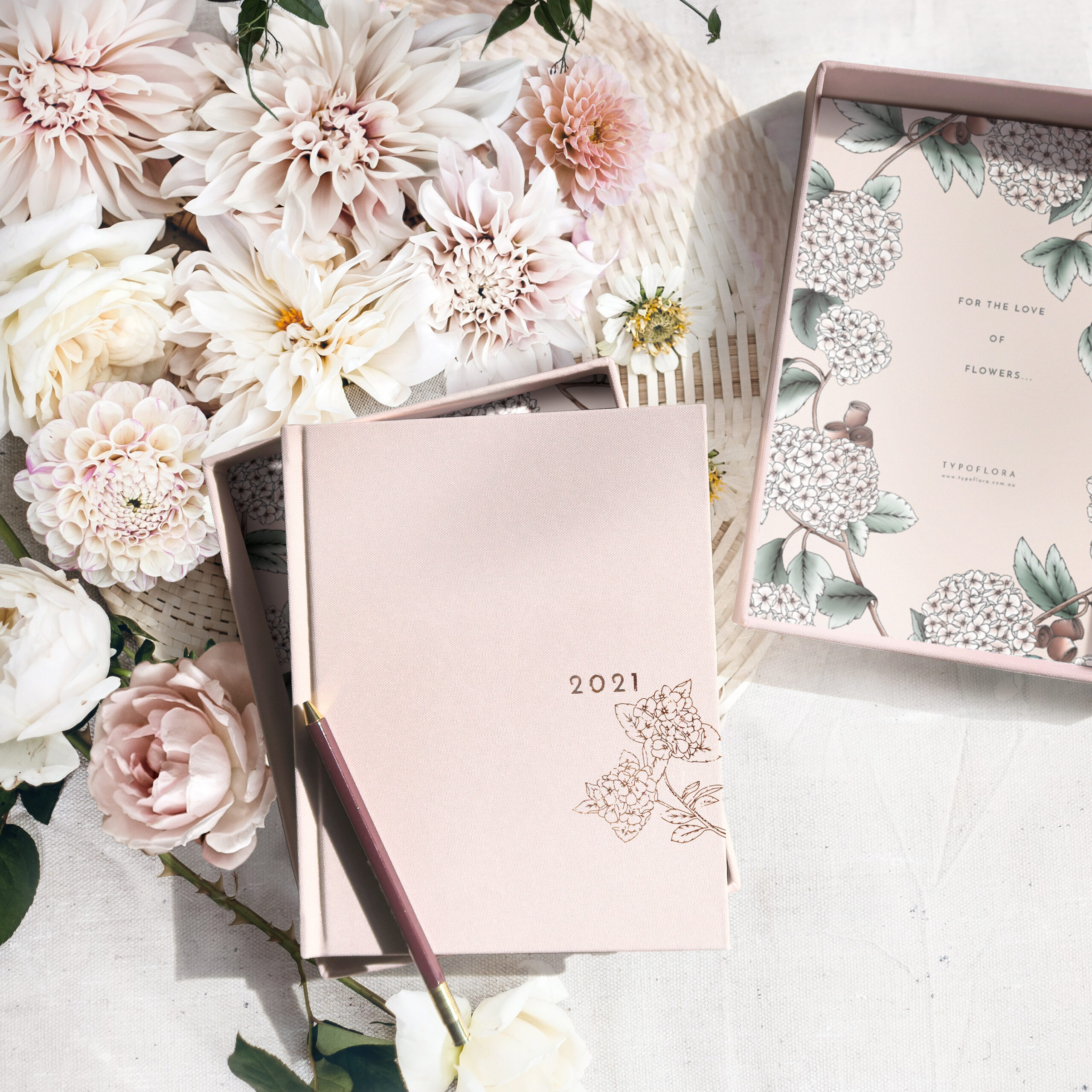 2021 PLANNERS - BLUSH ALWAYS FLOWERS